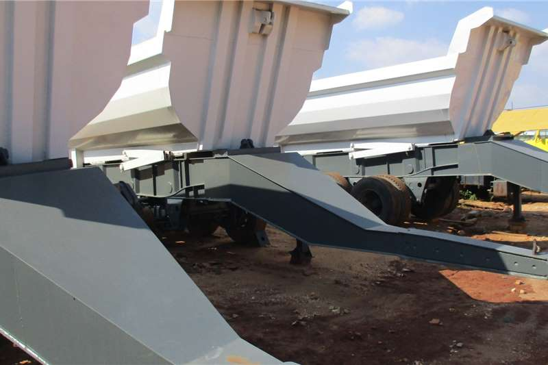 Henred Tri Axle Tipper Kalfies Trailers