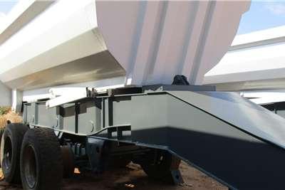 Henred Tri Axle Tipper Kalfies Trailers