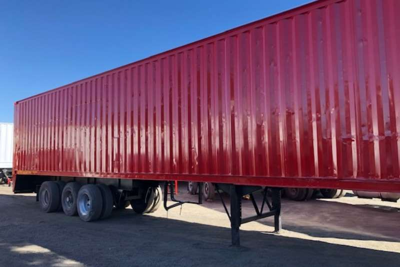 Henred Trailers Tri-Axle USED