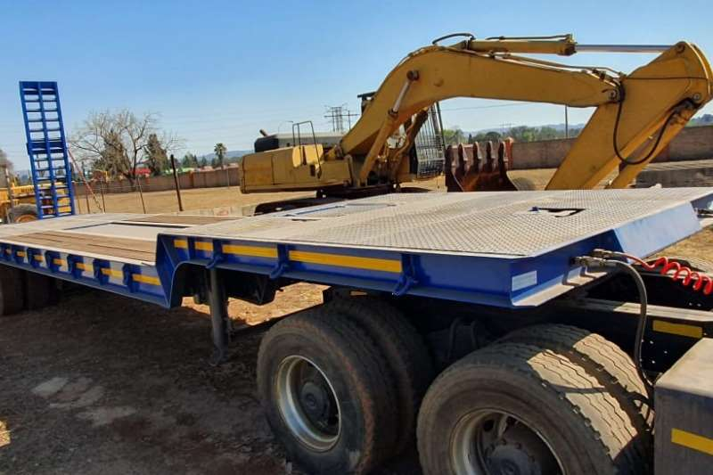 Henred Trailers Walking floor freuhauf