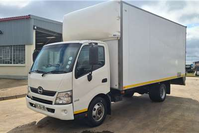 Hino 2012 HINO Series 300 814 with 5m Van Body Box trucks