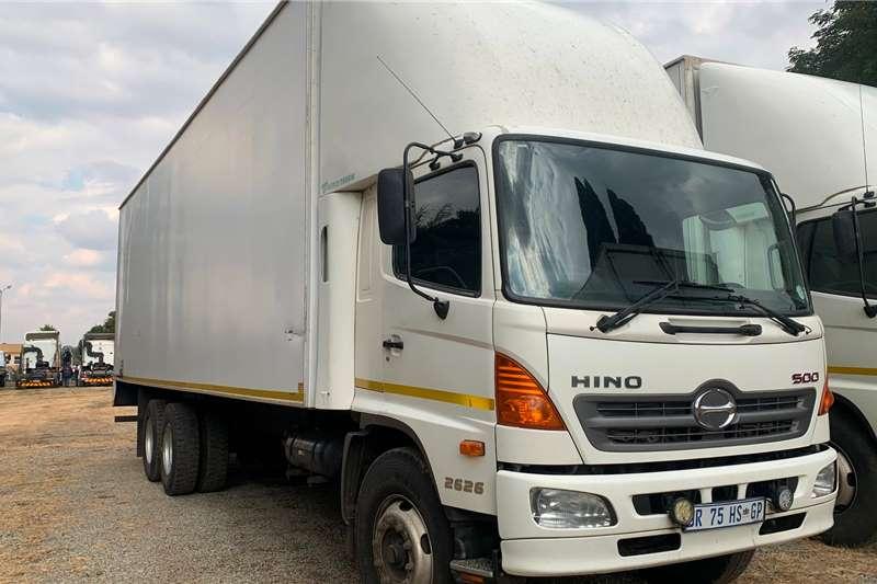 Hino Box trucks 2014 HINO 2626 2014