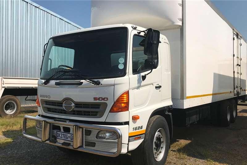 Hino Box trucks 2014 Hino 500 1626 6X2 insulated body 2014