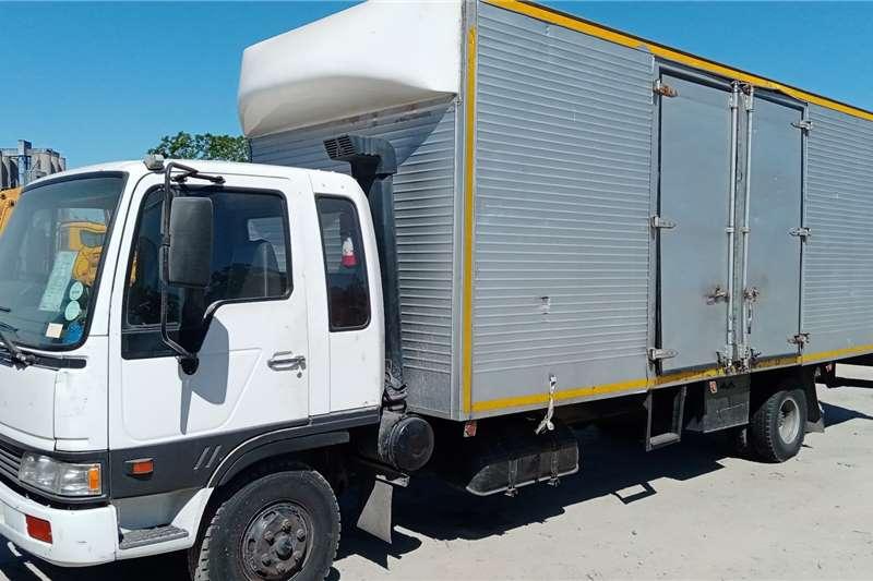 日野日野10.146体积车身箱式卡车1188bet官网
