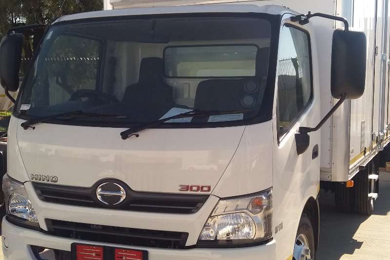 Hino Box trucks Hino 300 Series 915 manual 2019