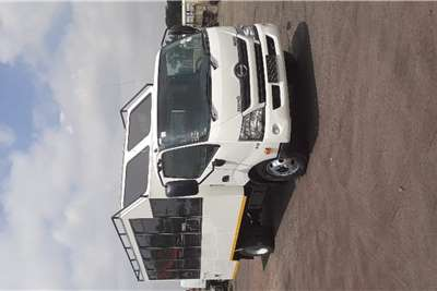 Hino HINO 300 815 C/C A/T F/C 22 SEATER BUS Buses