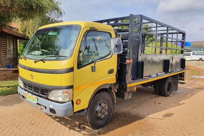 Hino Toyota Dyna cattle truck Cattle body trucks