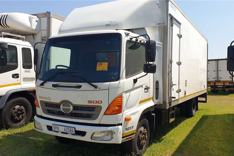 Hino Chassis cab trucks 500 1017 Volume Body with Tail Lift 2011
