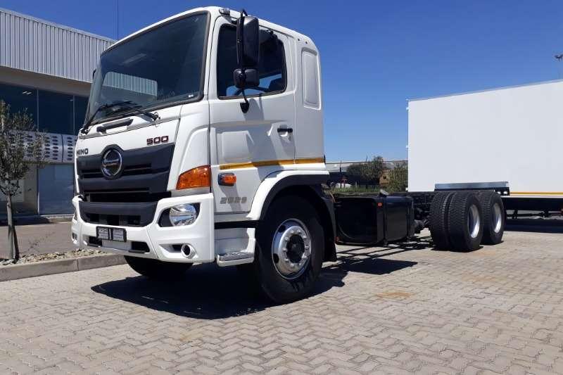 Hino Chassis cab trucks Hino 500 2829 6x2 FC MT 2020