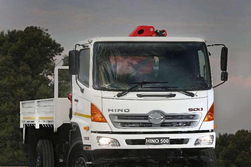 Hino Crane trucks 4x4 Dropside with a Crane 2020