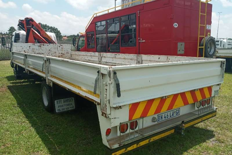 Hino HINO 4 TON WITH A PALFINGER CRANE FOR SALE Crane trucks