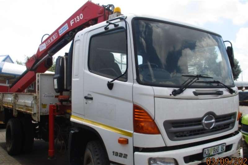 Hino Crane trucks HINO 4 X4 DROSPIDE WITH FASSI F130 CRANE 2014