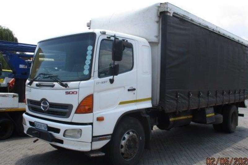Hino Curtain side trucks 2007 Hino 17 257 Tautliner Body 2007