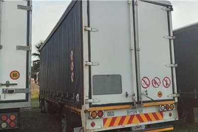 Hino HINO 500  16:26   8 TON CURTAIN SIDE FOR SALE Curtain side trucks