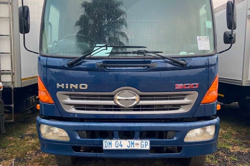 Hino HINO 500 TAULT LINER TRUCK FOR SALE TAG AXLE Curtain side trucks