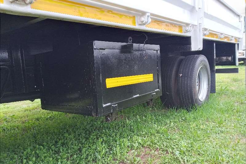 Hino 2012 Hino 300 : 815   Dropside Dropside trucks