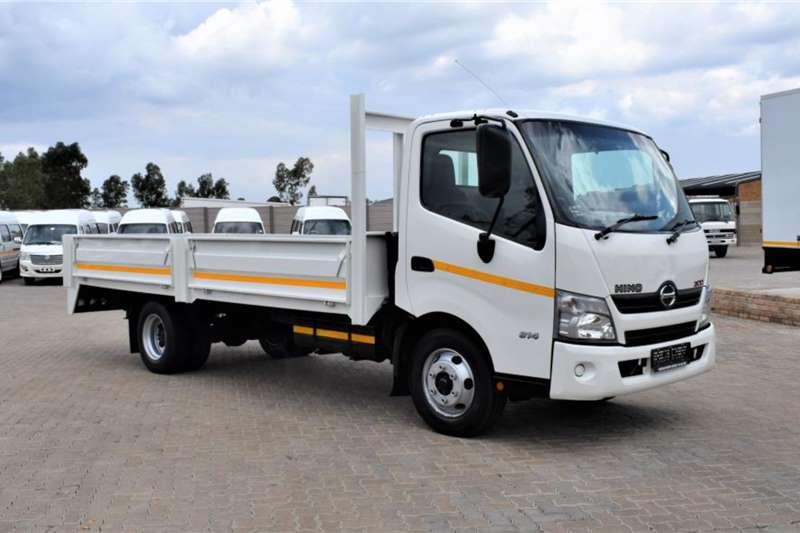 Hino 300 Series 814 Dropside trucks