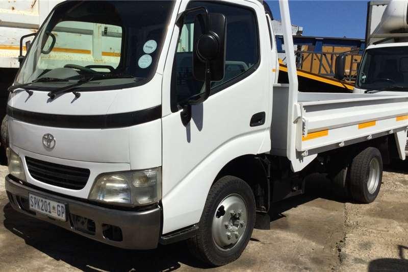 Hino Dropside trucks 4093