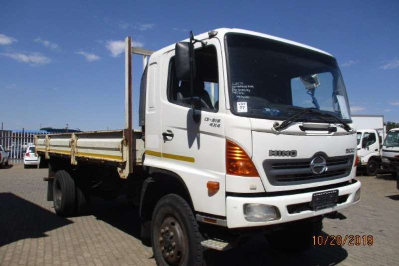 Hino Dropside trucks HINO 13 216 4 X 4 DROPSIDE 2008