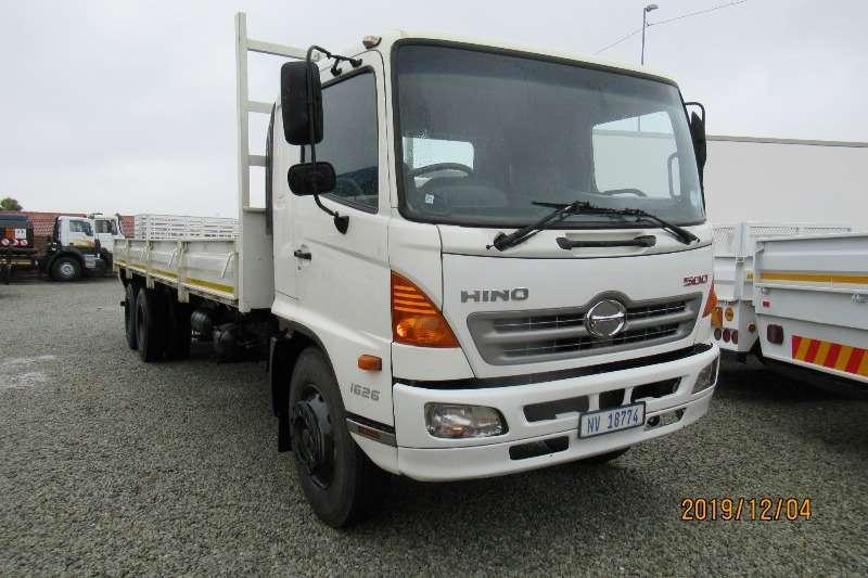 Hino Dropside trucks Hino 1626 14 ton with dropsides 2010