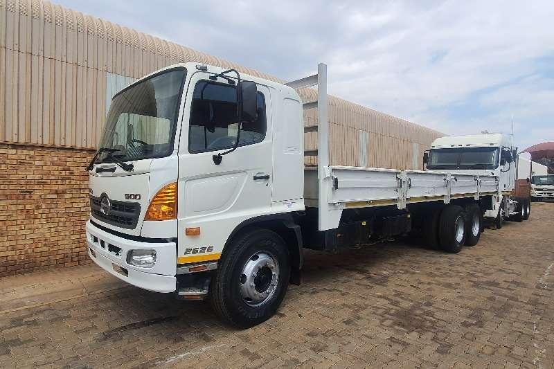 Hino Hino 500 2626 Dropside trucks