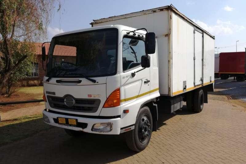 Hino Dropside trucks HINO 500 new dropsides R349000 2007