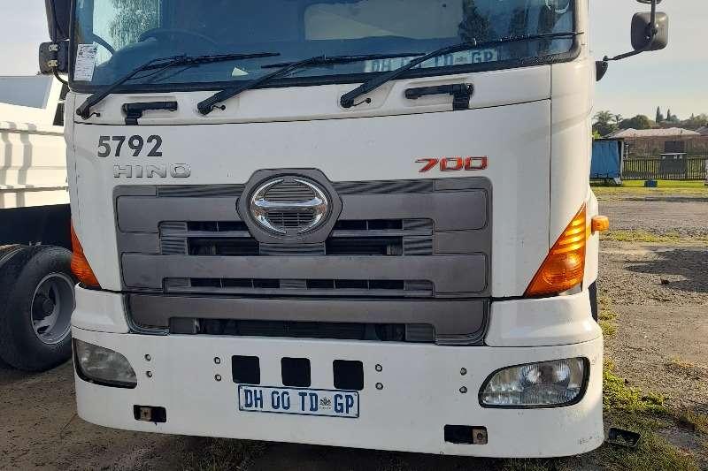 Hino HINO 700 DOUBLE DIFF DROPSIDE TRUCK FOR SALE Dropside trucks