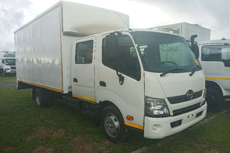 Hino 2012 Hino 300 : 815   Crew Cab With A Volume Bin Personnel carrier trucks