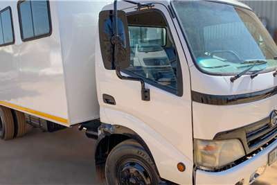 Hino Hino 300 Personnel Carrier 4x2 30 Seater Personnel carrier trucks