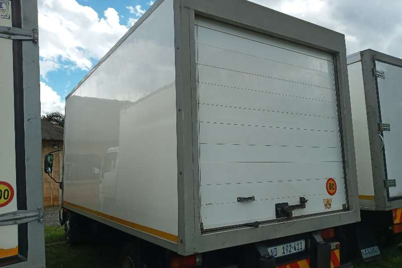 Hino 2016 Hino 300 : 815   With A Fridge Unit Refrigerated trucks