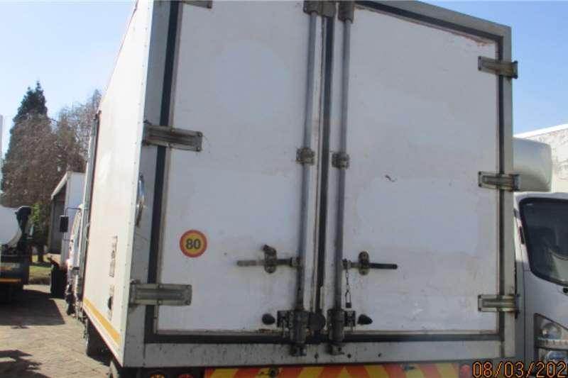 Hino HINO 300 815 VAN BODY WITH MT200 FRIDGE Refrigerated trucks
