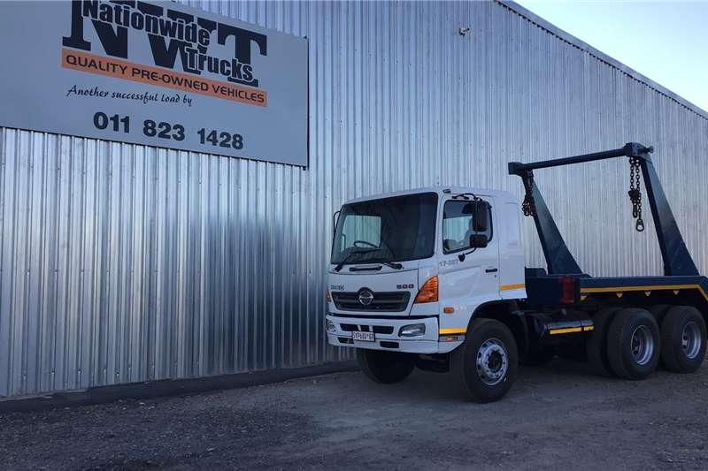 Hino 2006 Hino 500 1626 6x2 skiploader Skip bin loader trucks