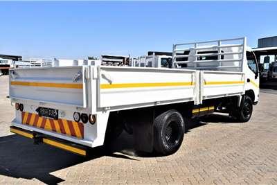 Hino 300 Series 814 Drop Side Truck