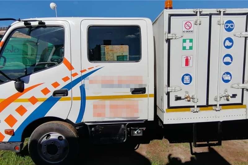 Hino 300 Series 815 LWB Crew Cab Truck