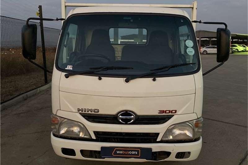 Hino 300 Series Hino 300 614 LWB (aw3) Truck