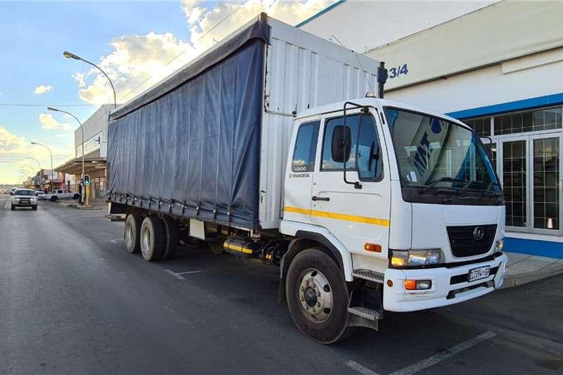 Hino 500 1612 Tautliner Truck