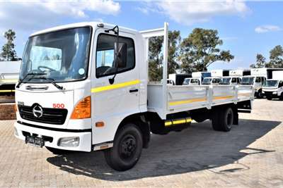 Hino 500 Series 1017 Dropside Truck