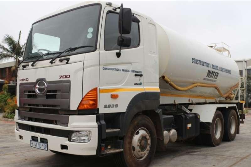 Hino Truck 700 2838 16000L Water Tanker 2016