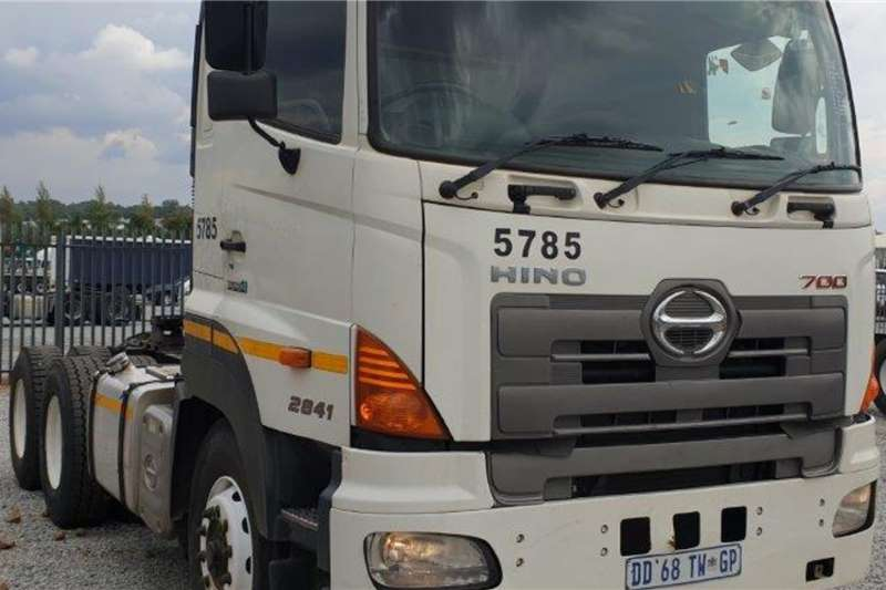 Hino Truck 700 2841 Euro 4 6x4 Mechanical Horse 2014
