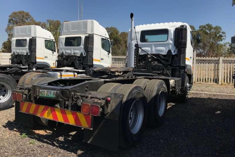 Hino 700 57 450 Profia Horse Truck