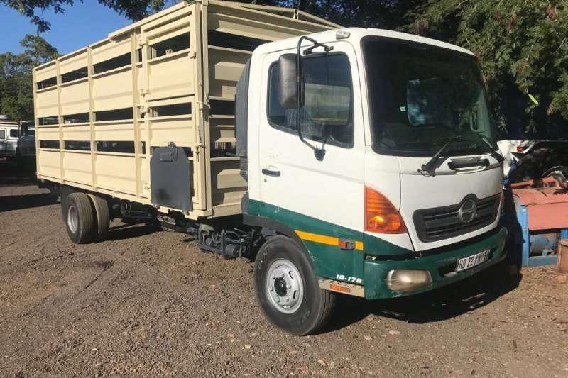 Hino Truck Cattle body HINO CATTLE BODY