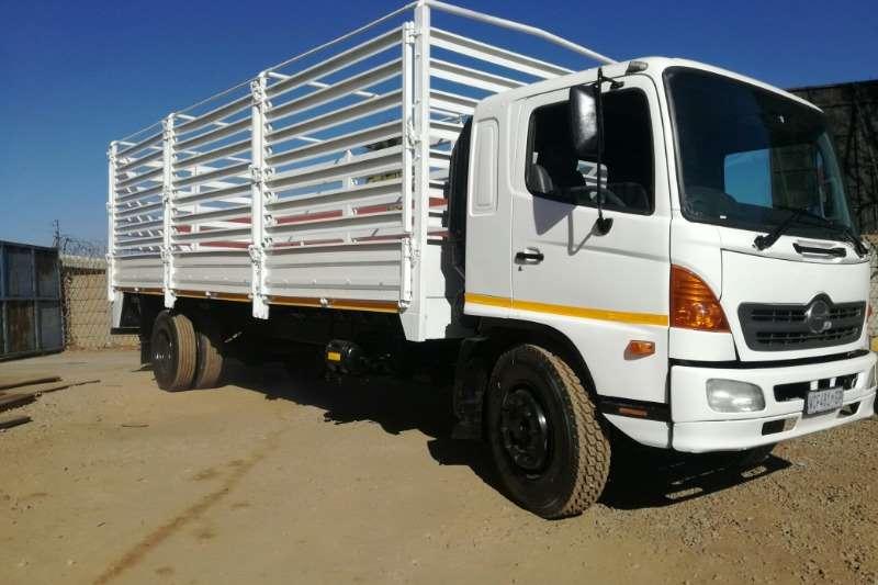 Hino Truck Cattle body Toyota Hino 500 15:258 8 Ton Cattle Body 2007