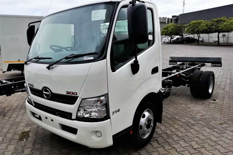 Hino Truck Chassis cab 300 714 MT 2020