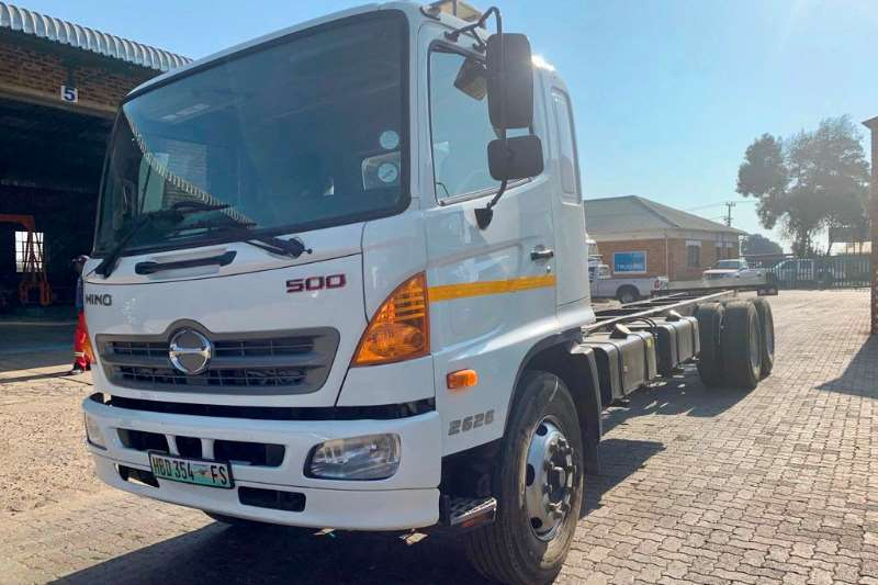 Hino Truck Chassis cab 500 2626 2017
