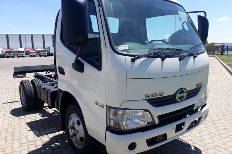 Hino Truck Chassis cab Hino 614 swb MT Chassis Cab 2.5 ton 2020