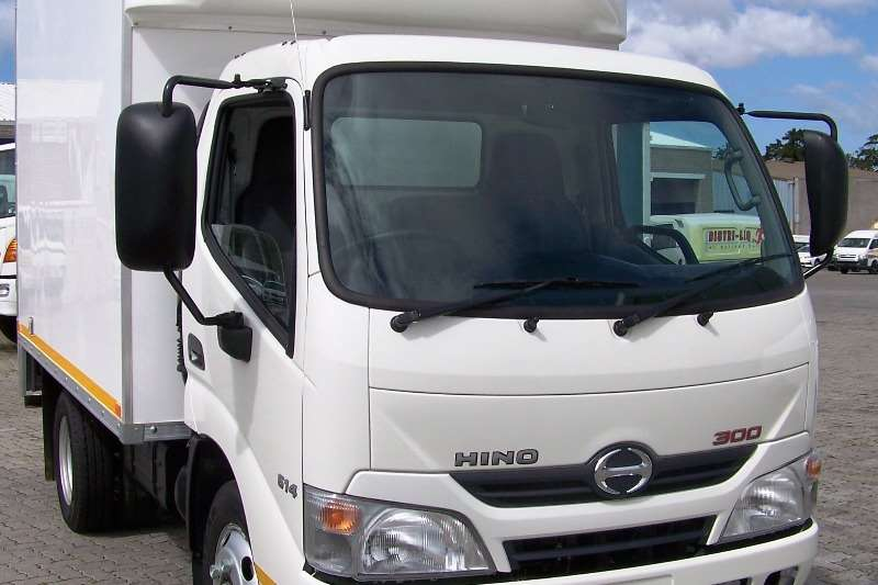 Hino Truck Closed Body Demo Hino 300 - 614 SWB AT with GRP Van Body 2019