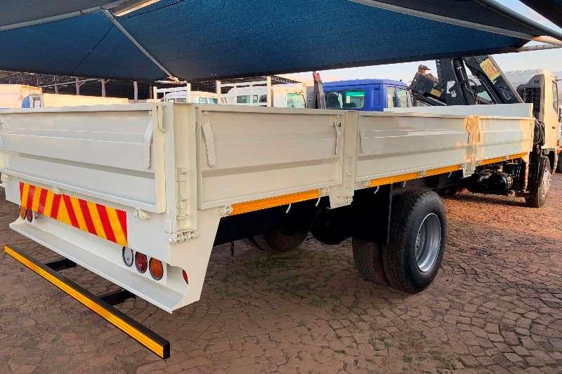 Hino Crane truck 500 15 257 F/C D/S Hiab 166/B 2 CL Crane Truck