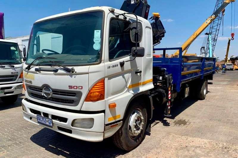 Hino Truck Crane truck 500 15.258 2008
