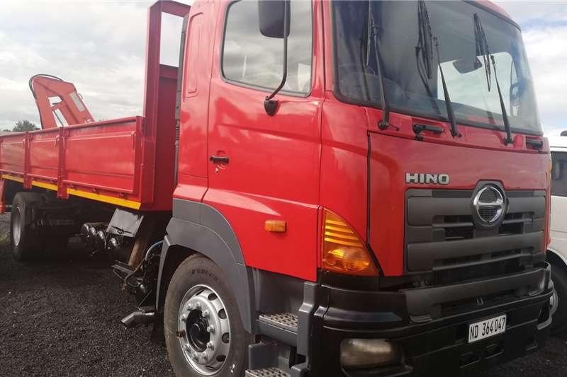 Hino Truck Crane truck HINO 700 2007