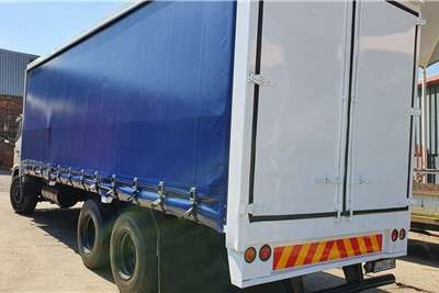 Hino Curtain side 15 257 Truck